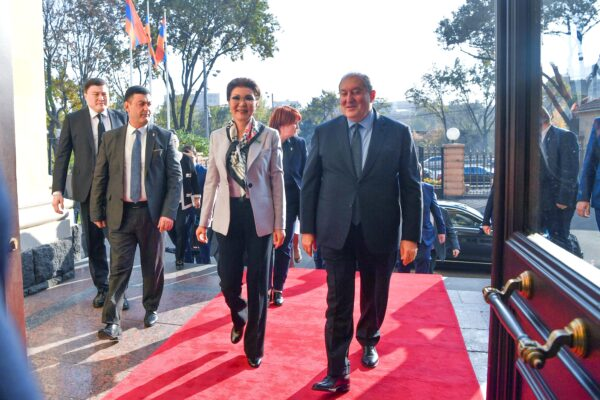 8c647306aeb8a915caa8135e988b6da8 600x400 - Dariga Nazarbayeva has met with the President of Armenia