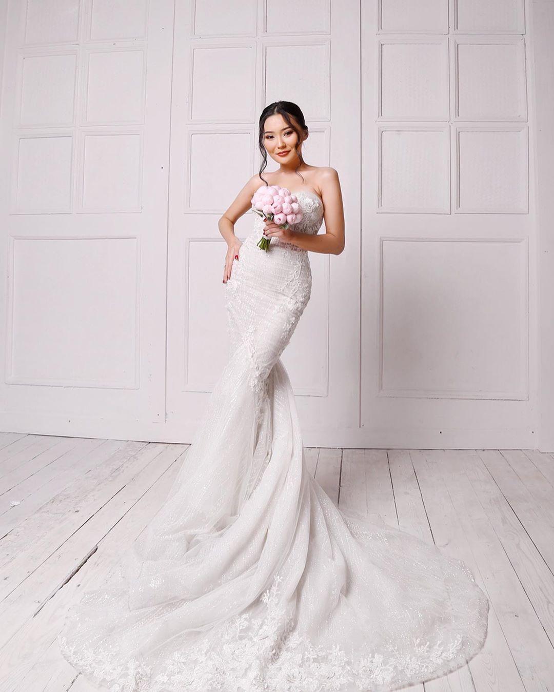 2a8b6513ed0ab1efd807604f55ad4e22 - Daughter Bayan Lagunovoi again became a bride