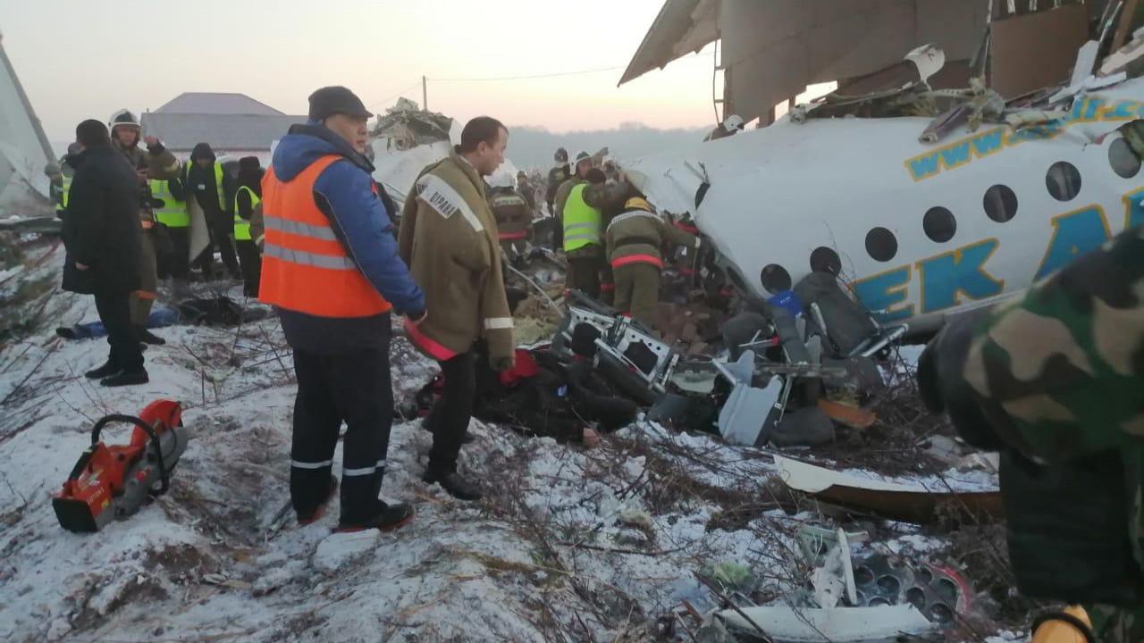 падение самолета бек эйр в алматы