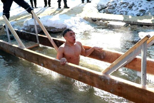 1bf07b1527600dc5cf164f3e2a29504d 600x400 - Kazakhs actively participate in Epiphany bathing: what do the imams?