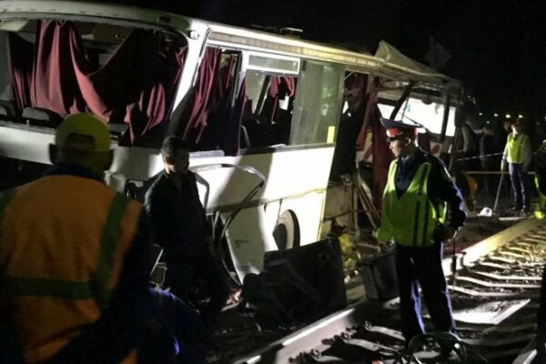 4ce789b7d4461bcc3a9a747158ca254b 600x400 - The driver told his version of the collision of a train and bus Shamalgan