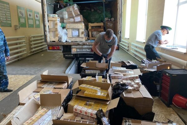 6ba916843d7c8a271c4405a72e6d8888 600x400 - A large consignment of cigarettes was trying to smuggle into Kazakhstan