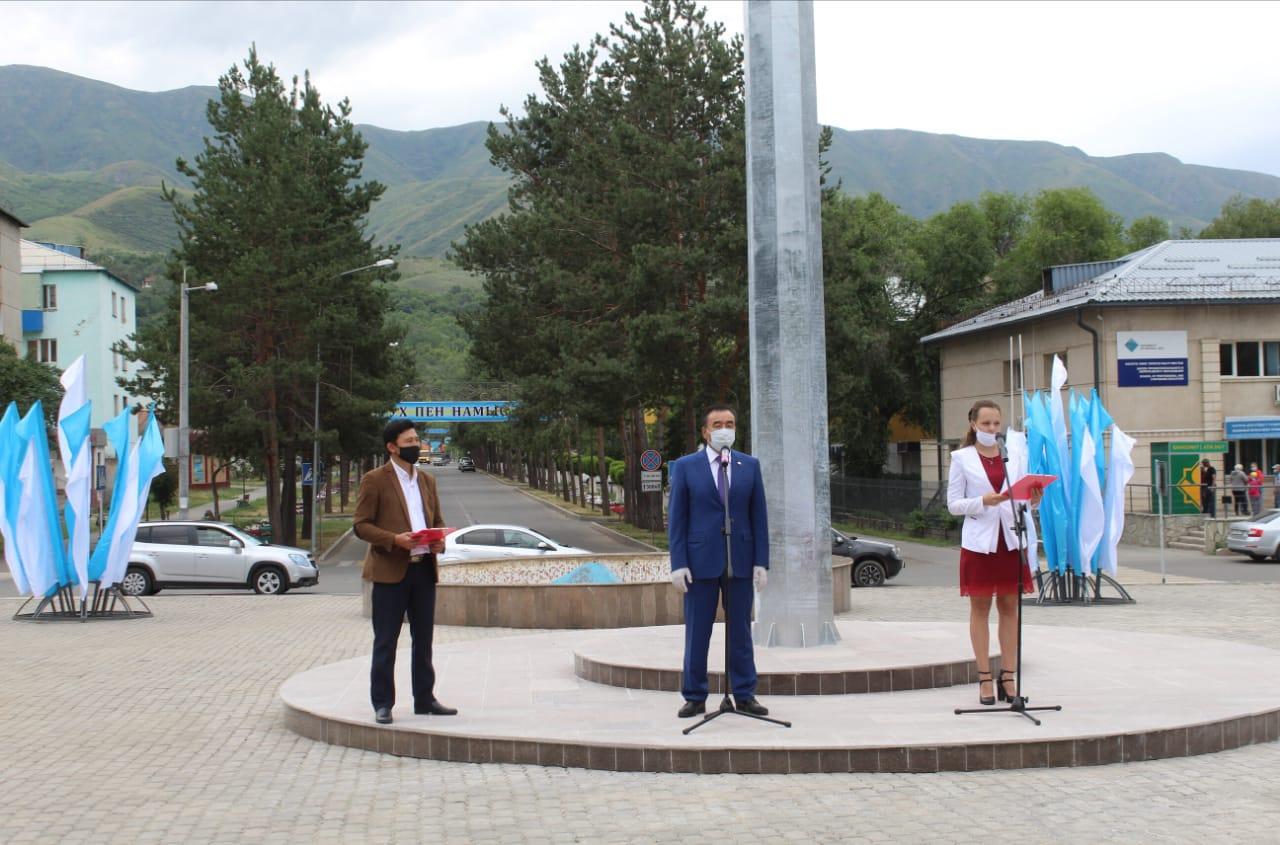 b0e547c7f6bf999f408ca535f98eaed6 - In Tekeli inaugurated a 25-meter flagpole