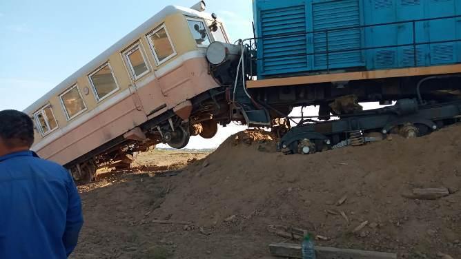 сход поезда с рельсов атырауская область