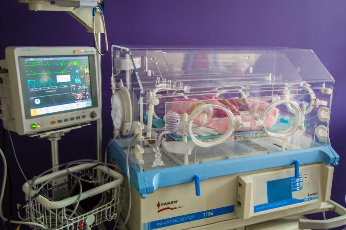 Инкубатор для новорожденных