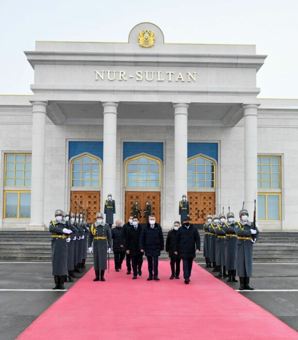 жапаров визит нур-султан