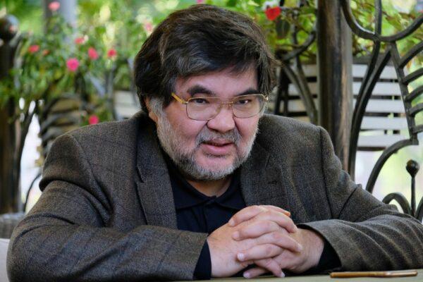 Жарас Ахметов
